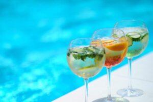 Premium Wellness Institute - piscina exterioara (2)