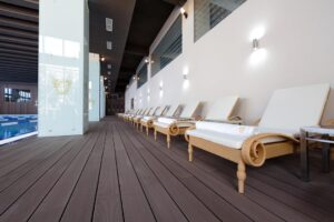 Premium Wellness Institute - piscina interioara (1)
