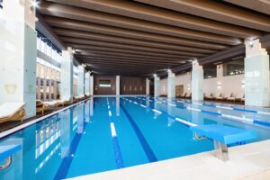 Premium Wellness Institute - piscina interioara (2)