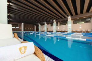 Premium Wellness Institute - piscina interioara (3)